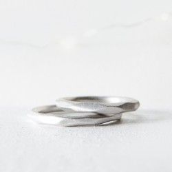 Silver wedding ring wide facet