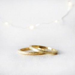 Medium square  yellow gold wedding ring