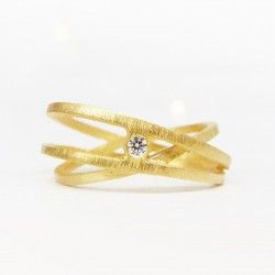 Yellow gold ring with diamond three turn ATW