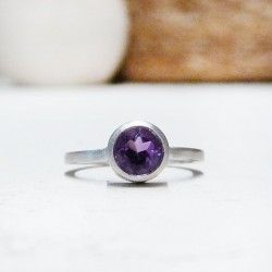 Silver and amethyst ring LONDON