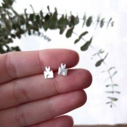 Mini earrings castle